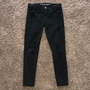 AEO black jeggings with ripped knees size 6S